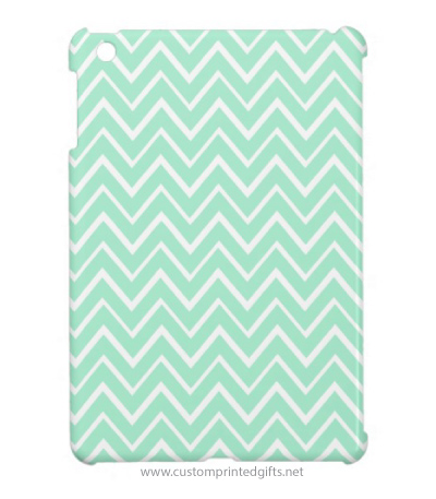 Chic, trendy, mint green whimsical chevron zigzag pattern iPad mini case